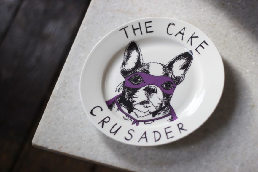 April And The Bear Cake Crusader Plate 29Euro
