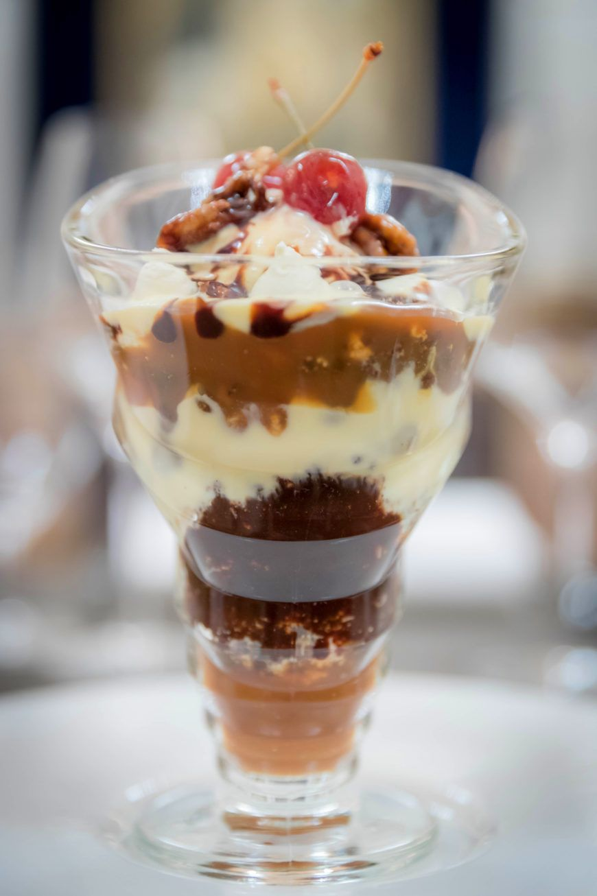 Morelands Sundae With Glastry Farm Ice Cream