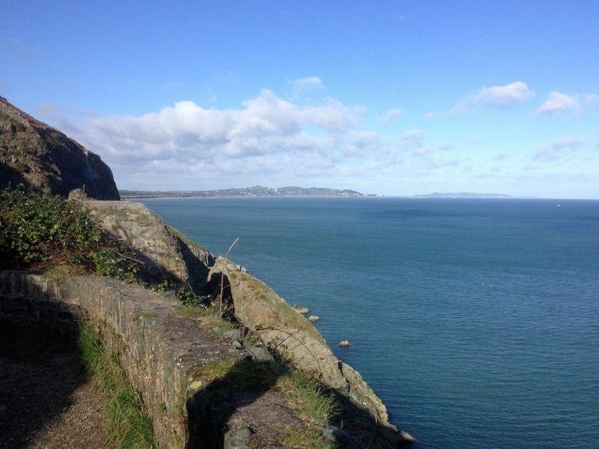 6 Cliff Views 1