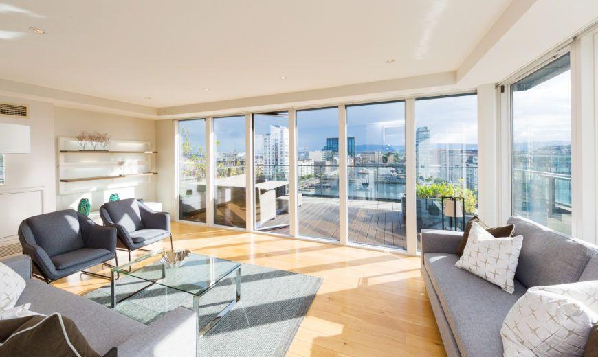14 28 Hanover Dock Living Room 2