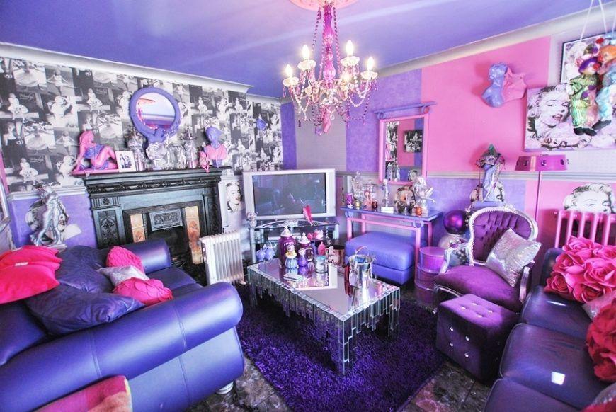 1299 S 44Harelawndrivenew Lounge