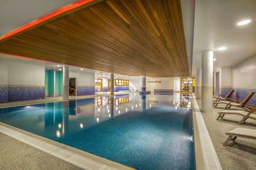 Club Vitae Swimming Pool 2