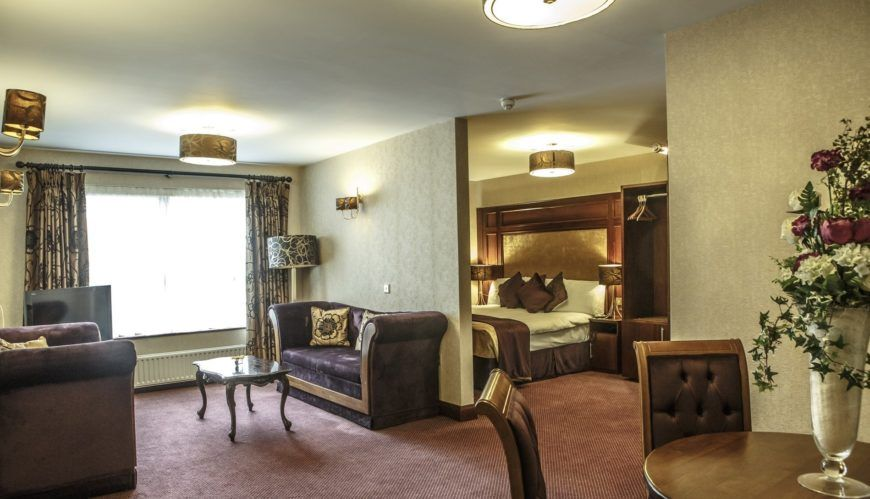 Mount Errigal Hotel Master Suite 01 2