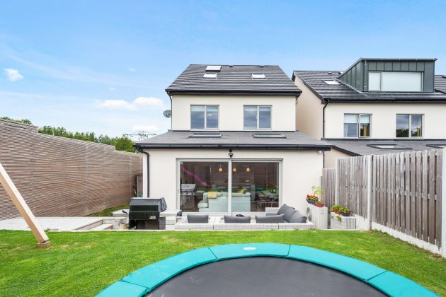 5 Brambledown, Glenamuck Road, Carrickmines, Dublin 18
