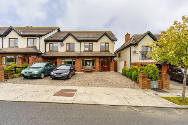 77 Rossmore Avenue, Newtownmountkennedy, Co Wicklow
