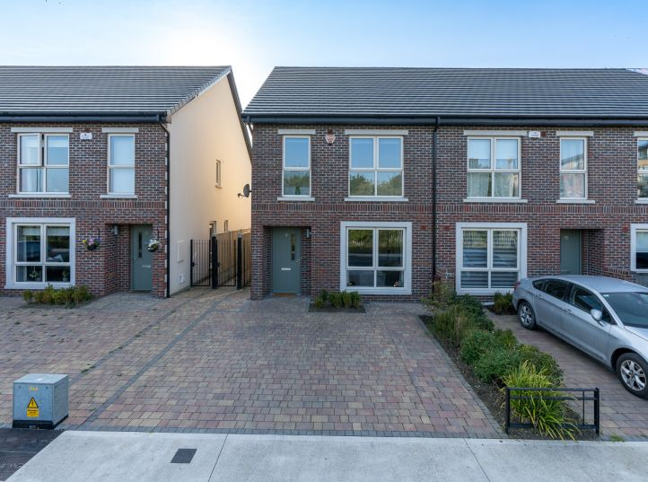 9 Parkside Heath, Balgriffin, Dublin 13