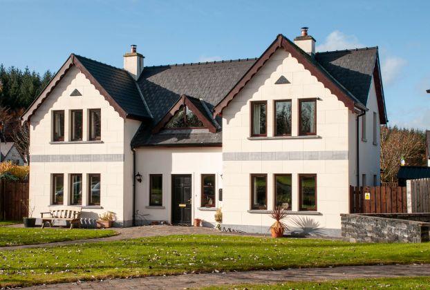 3 Errew Drive, Lough Rynn Estate, Mohill, N41 CA48