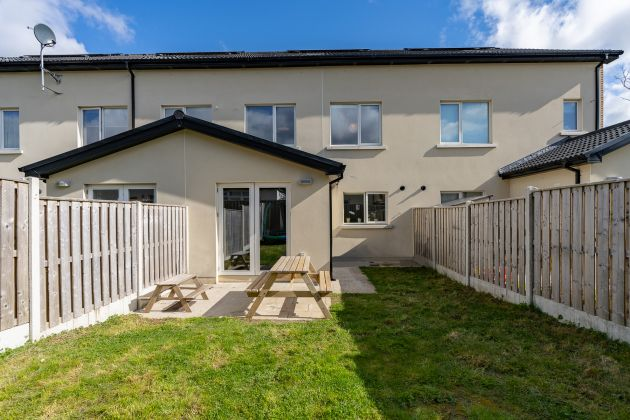 13 Larkfield Place, Clay Farm, Leopardstown, Dublin 18
