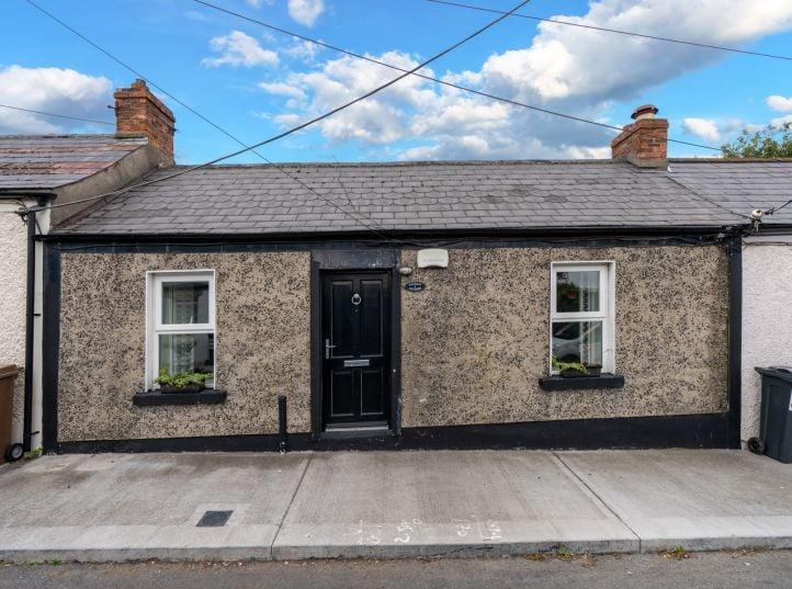 5 Fieldview Cottages, Annaville Avenue, Blackrock, Co. Dublin