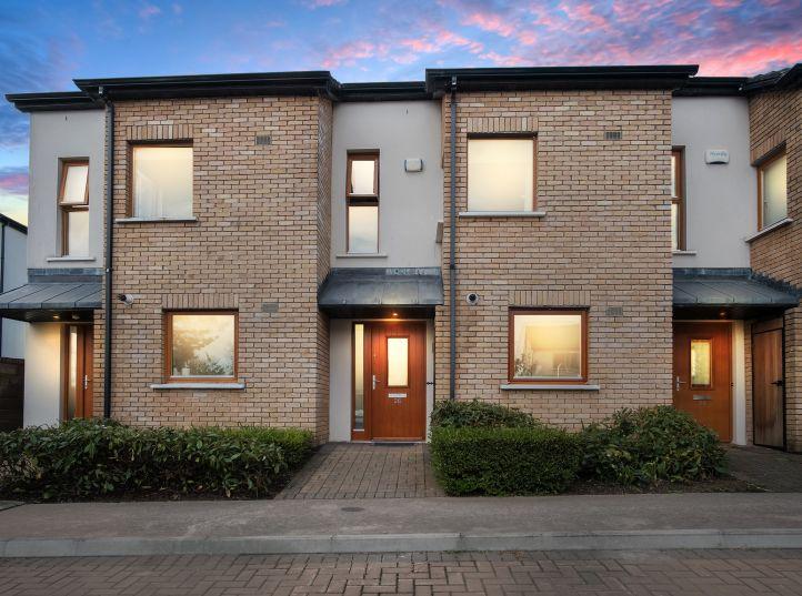 26 Hunters Grove, Hunterswood, Ballycullen, Dublin 24