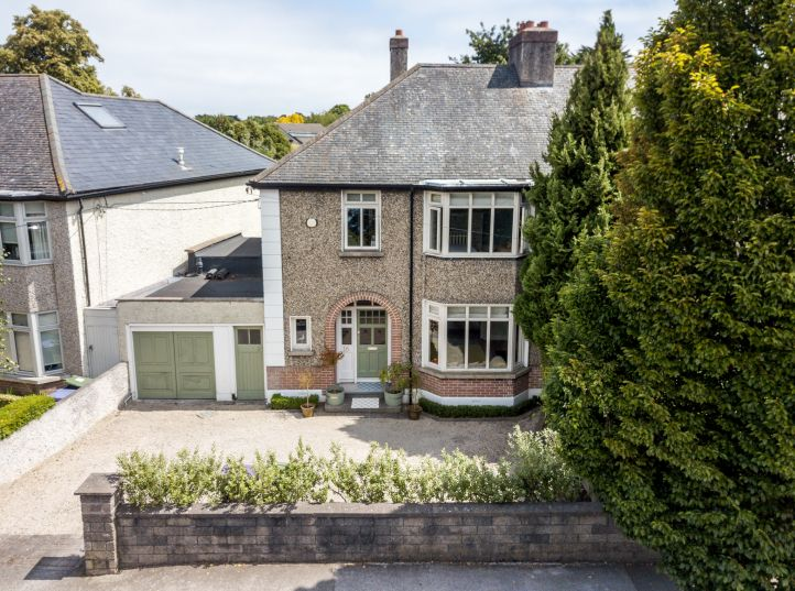 16 Newtownpark Avenue, Blackrock, Co. Dublin