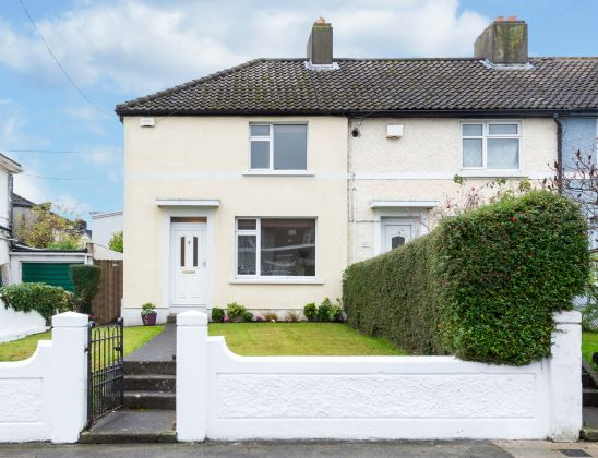 102 The Thatch Road, Whitehall, Dublin 9