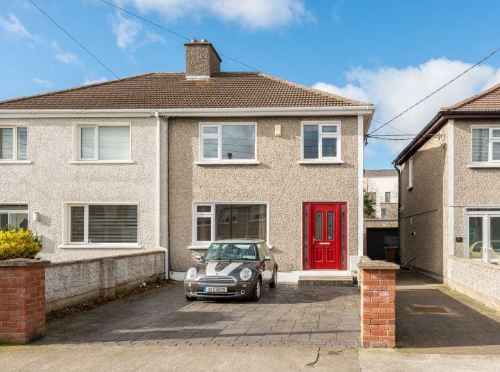19 Maryfield Crescent, Artane, Dublin 5