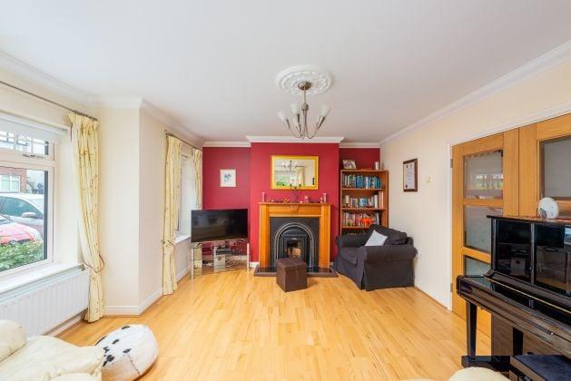 2 Castle Grove, Kilgobbin Wood, Sandyford, Dublin 18