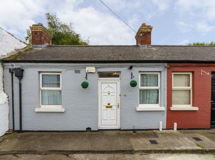 52 Pembroke Cottages, Ringsend, Dublin 4, D04 T8X0
