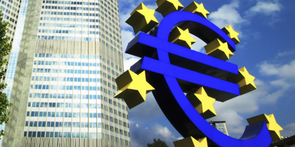 ECB leaves interest rates unch...