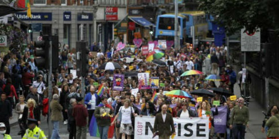Thousands march in Dublin in s...