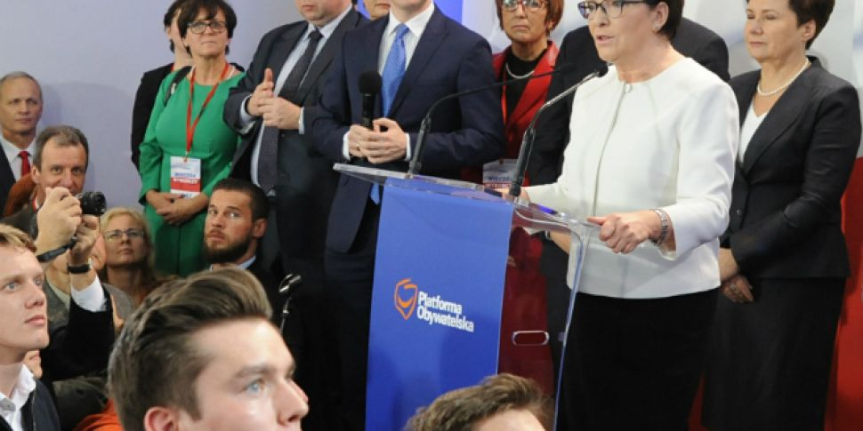 Polish PM concedes defeat to r...