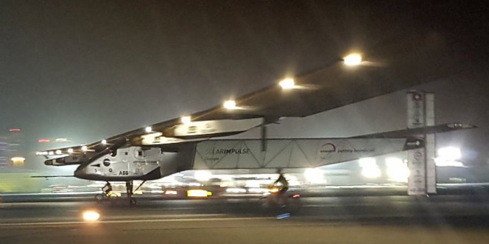 Solar-powered plane completes...