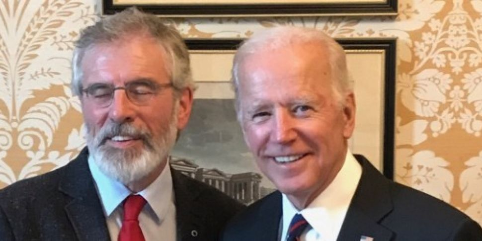 Gerry Adams holds talks with f...