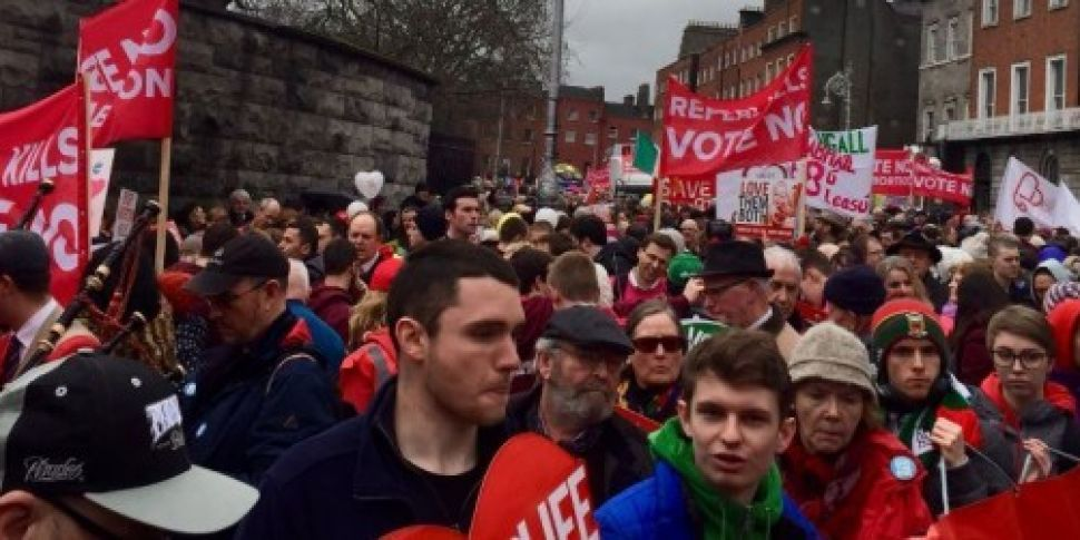 Thousands take part in pro-lif...