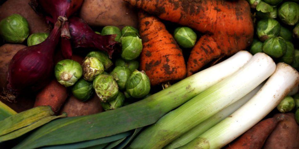 Food-waste-reducing tips to sa...