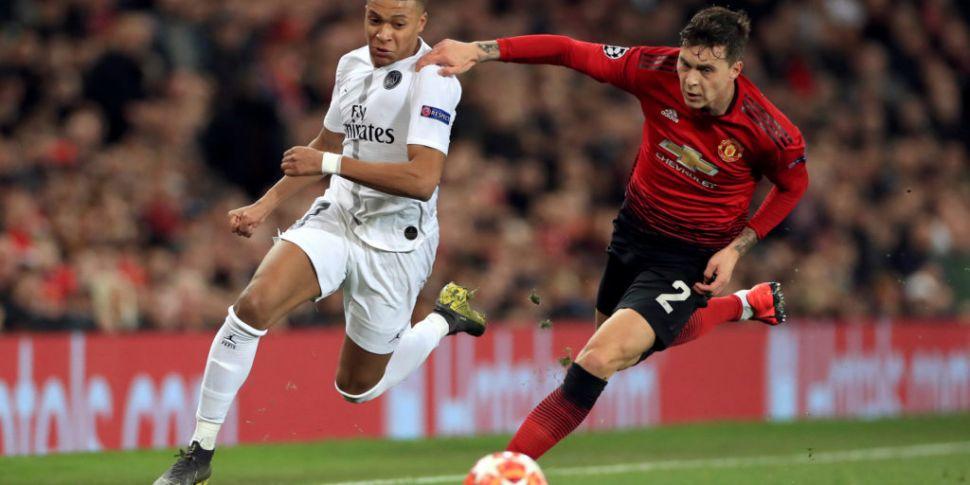 PSG stun Man United at Old Tra...