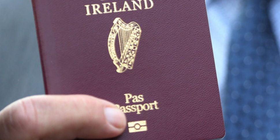Irish passport applications ha...