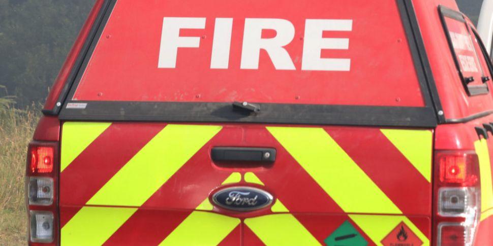 Woman dies in house fire in Co...