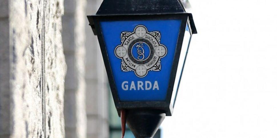 Garda cars damaged in suspecte...