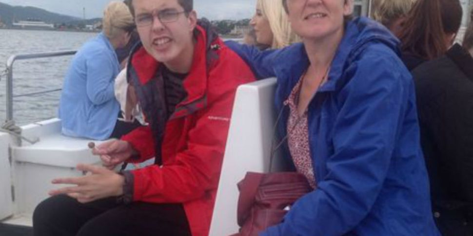 Mum fights plan to place son i...