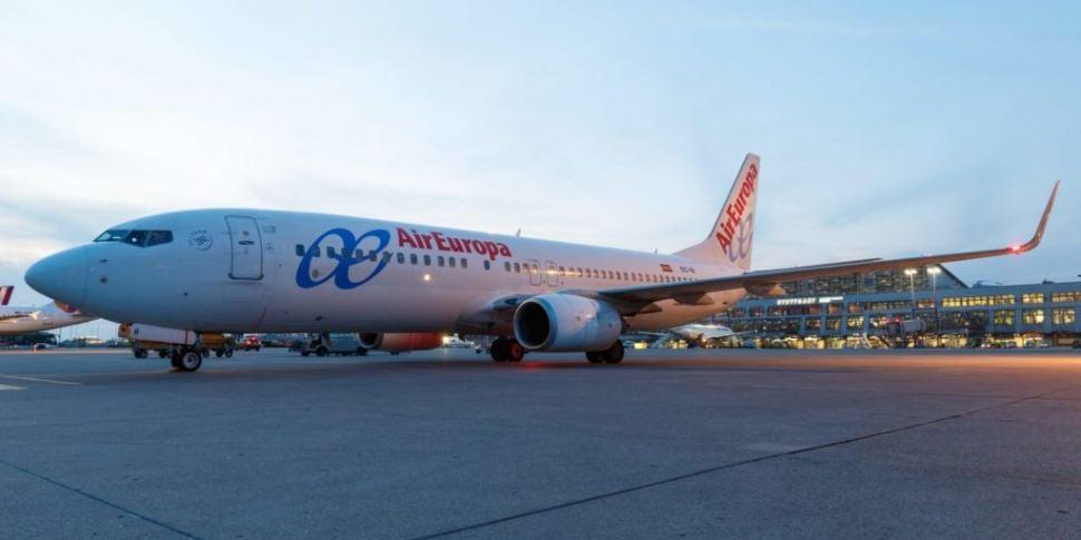 Aer Lingus owner to buy Spain'...