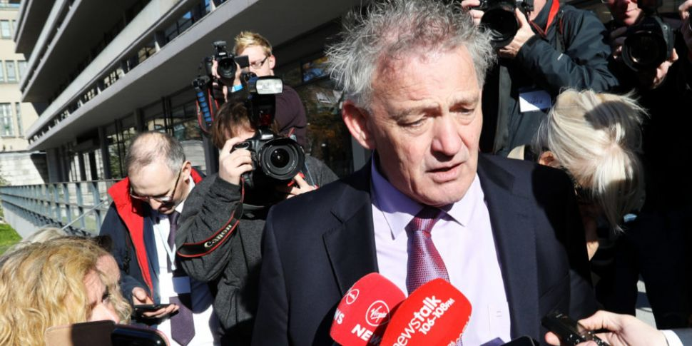 Peter Casey enters election ra...