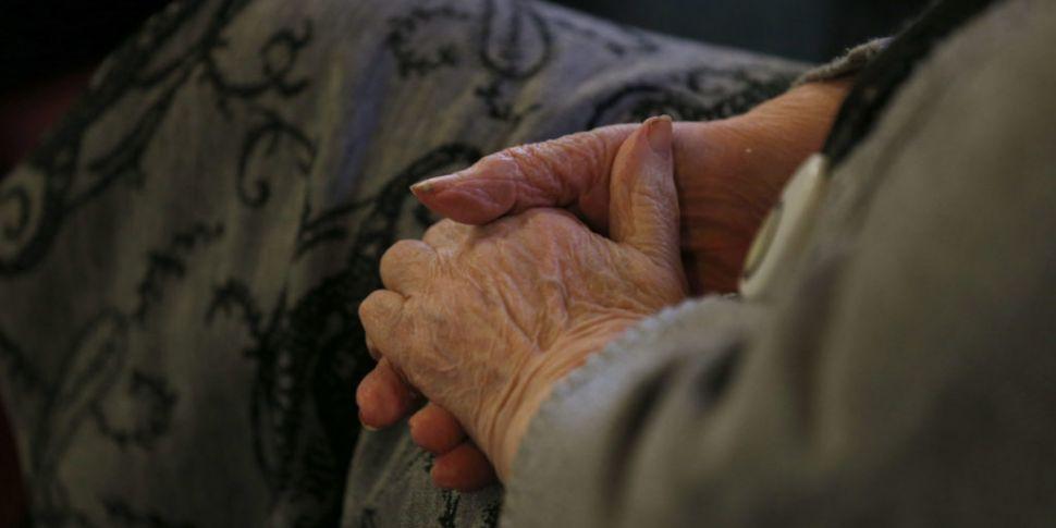 COVID-19: Helpline for older p...