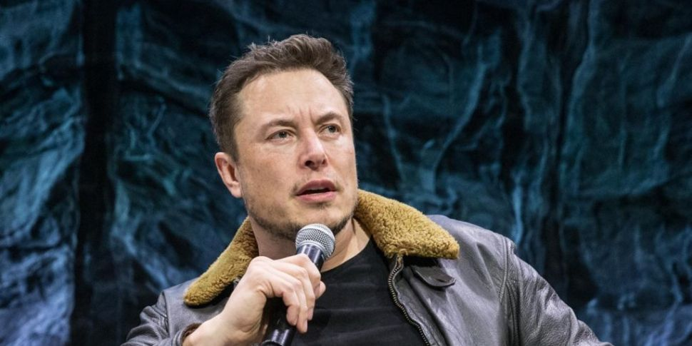 Bizarre Elon Musk tweets wipe...