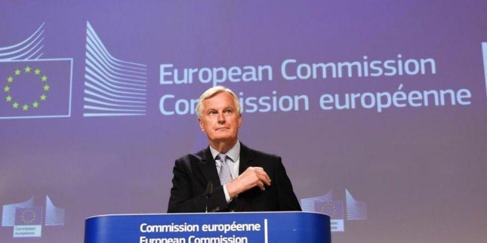 Barnier warns the UK is 'backt...