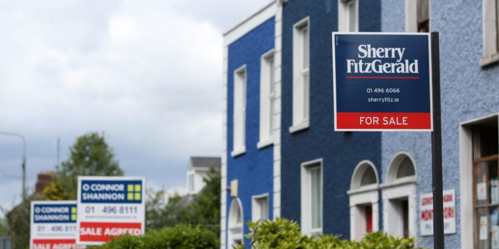House prices already recoverin...