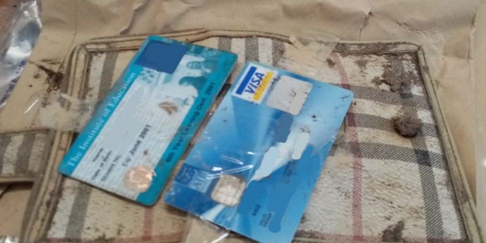 Lost wallet returned to its ow...