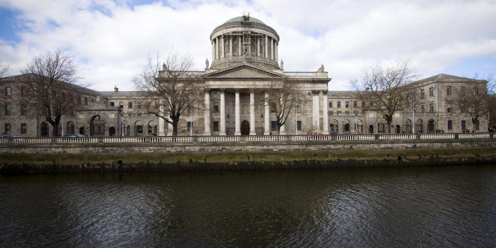 Court overturns planning permi...