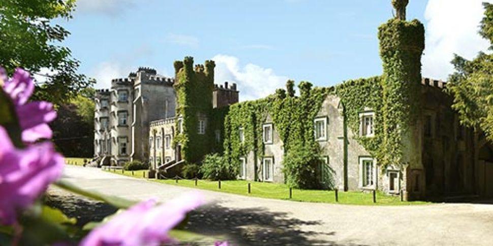 Take a break in an Irish castl...
