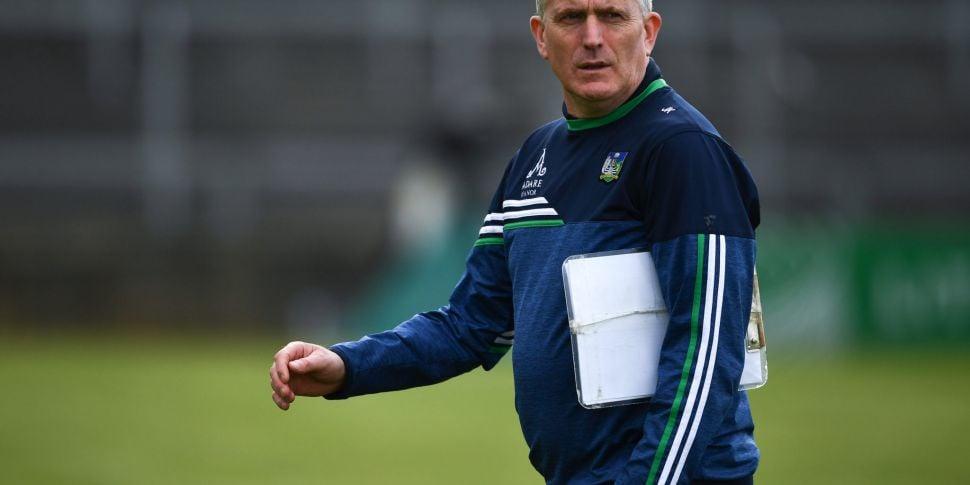 Limerick manager Kiely apologi...