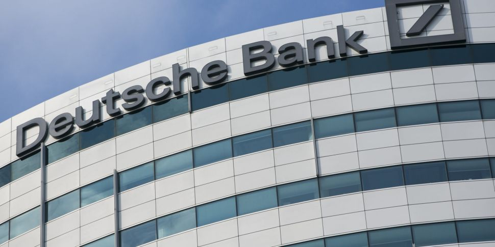 Deutsche Bank to cut up to 450...