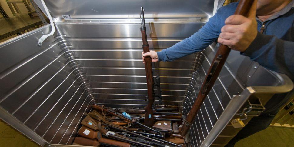 Call to reform 'clumsy' gun li...