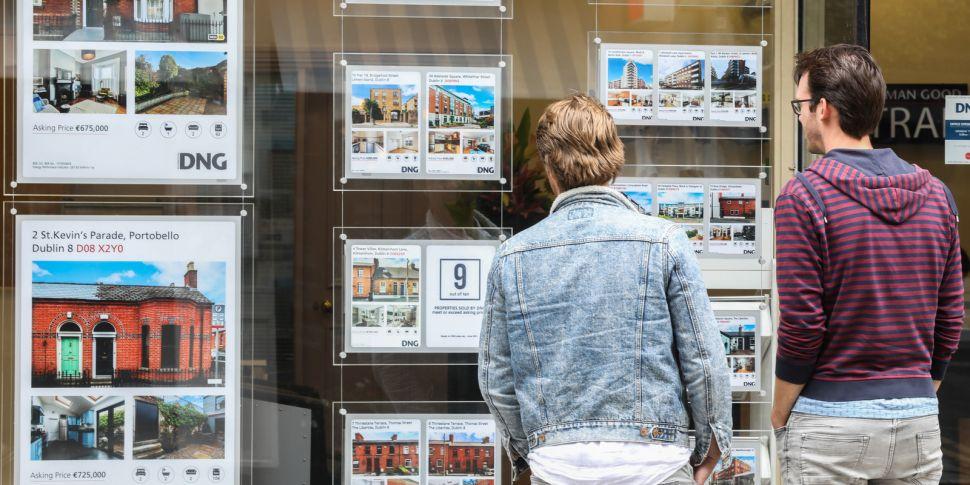 Second-hand property market 'e...