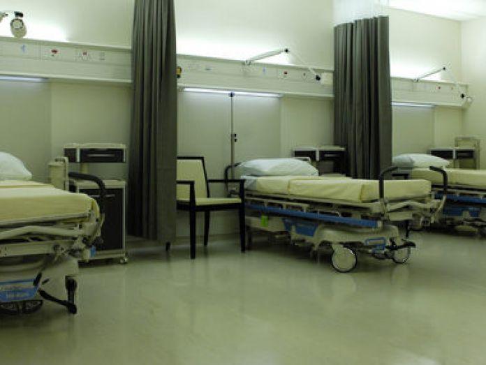 Record 910,000 on hospital wai...