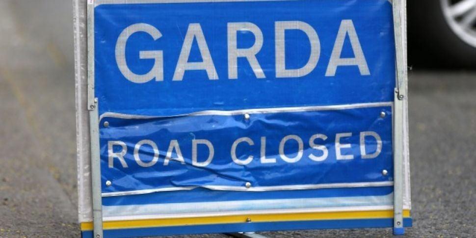 Man dies following crash in Co...