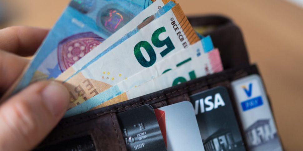Average earnings near €39,000...