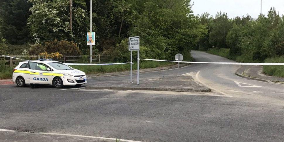 Man found shot dead outside bu...