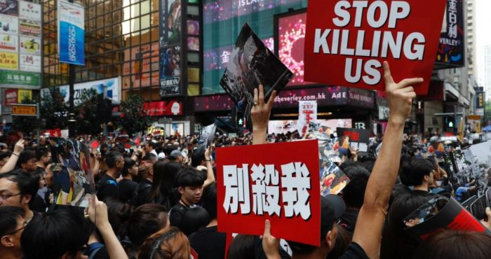 Morning top 5: Hong Kong protests continue; murder inquiry in Mayo; and poll blow for Fine Gael