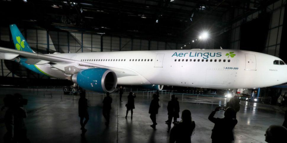 Aer Lingus sees profits fall s...